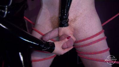 Kinky Mistresses – Mistress Courtney – CBT in Berlin