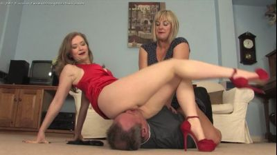 Facesitting Bitches – Facesat by Mistress T and Lady Nina Birch FB1130
