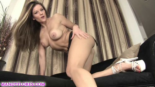 Mandy Flores: Pussy Whooped Slave