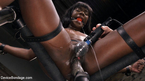 DEVICE BONDAGE: April 5, 2018 – Ana Foxxx and The Pope