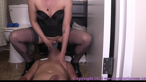 Brat Princess 2: Lola – 15 Minutes Later He was a Toilet