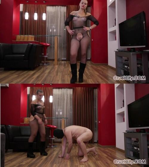 Cruelcity: Mistress Nicole Beats Her Slave in Anger!