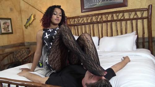 Stocking Slaves – Mistress Daisy