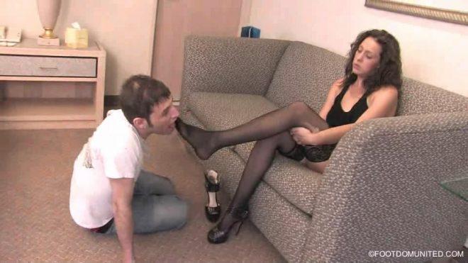 Stocking Slaves  – Mistress Jacque