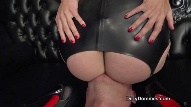 Dirty Dommes: Human seat for three Dommes part 1