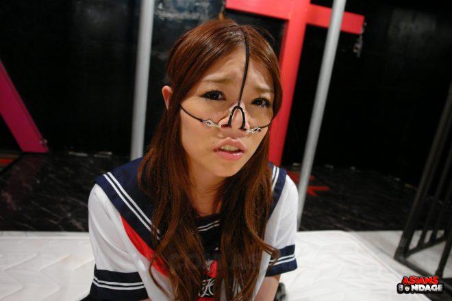 Asians Bondage: Aoi Yuuki gets such a rough anal in gangbang