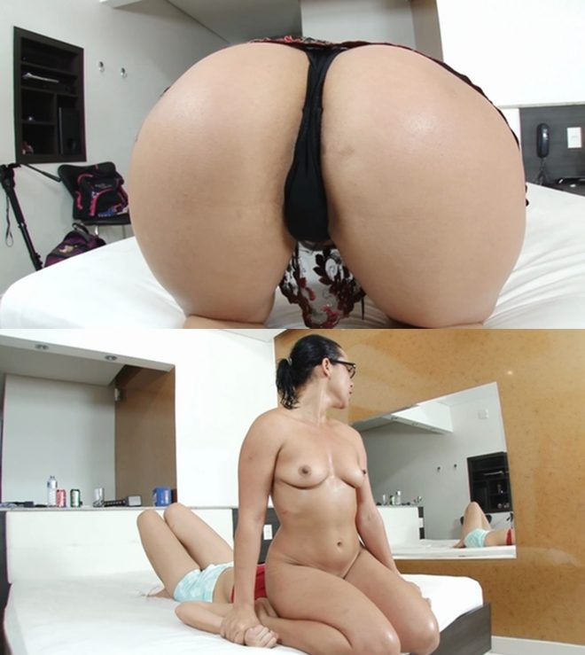 Mf Video Brazil: Face Sitting Fuck Face By Crazy Nicolle Ferraz And Her Slave Fabi Costa