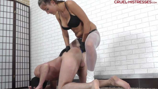 CRUEL MISTRESSES: Huge strapon in his ass