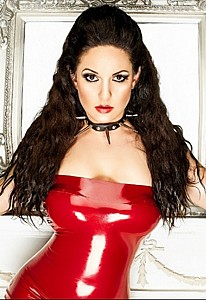 Lady Mia Harrington
