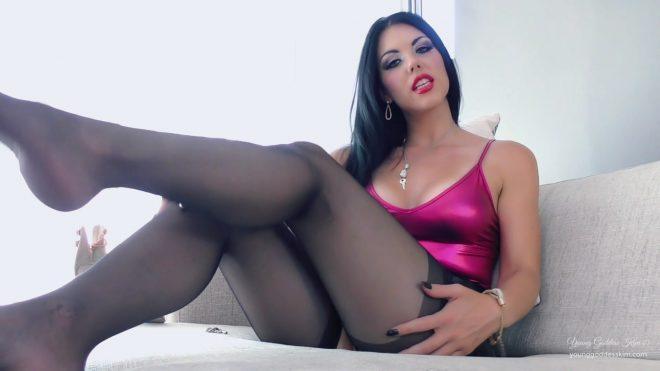 Young Goddess Kim: Sissy Captive