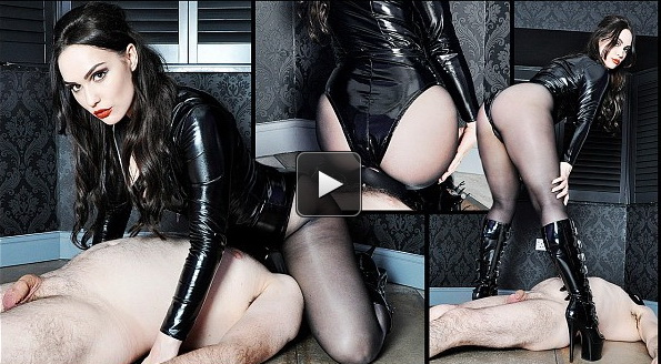 Femme Fatale Films: Serenely Smothered – Super HD (Complete)