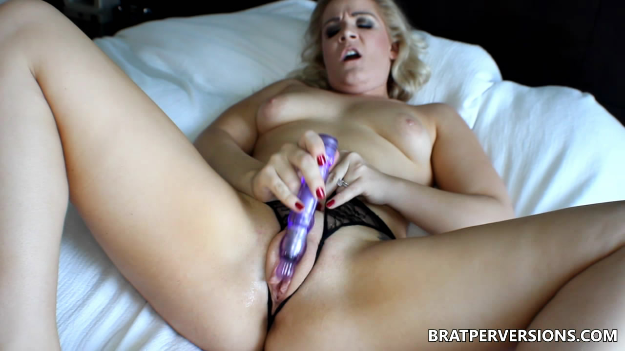 Brat Perversions: Puffy Pussy in Crotchless Panties