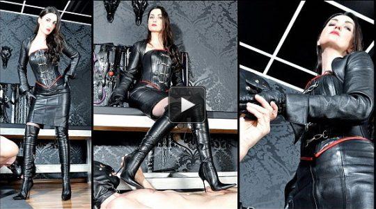 Femme Fatale Films Lady Victoria Valente: Leather Goddess – Super HD – glove worship